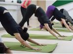 市五医院英语、瑜伽兴趣小组联合开展交流活动